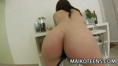 Teen Japanese Ayaka Oda gettin