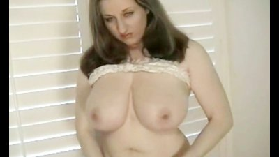 Hot Kitty with huge tits using different toys