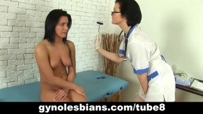 Lesbian gynecologist and hot brunette patient