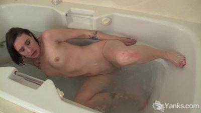 Tattooed Babe Mindy Masturbating Her Pussy