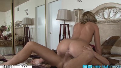 MileHigh Chastity Lynn Has A Filthy Family