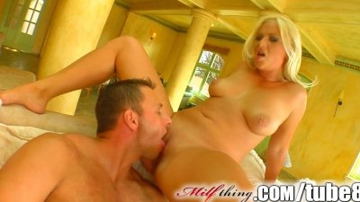 Milf Thing MILF ties him to the pole and sucks him dry