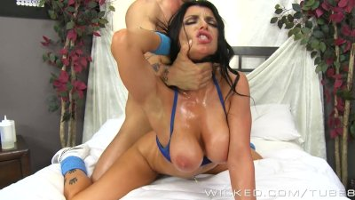 Romi Rain loves big dick