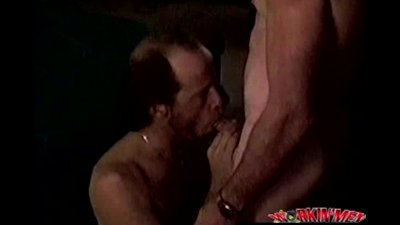 Straight southern redneck sucking cock