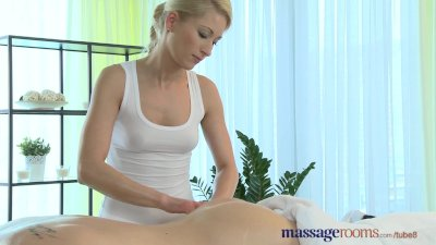 massage rooms young stud cannot hold back jizz when with horny blonde