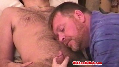 Homemade reality jock gets bj from gay bear