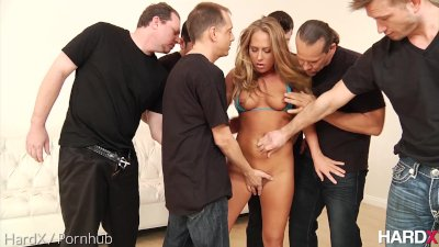 Facials Bukkake Blonde video: HardX Carter Cruise In \'Facialized 2\'