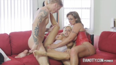 Blonde Cowgirl Milf video: Eva Notty and Tara Holiday fuck the cable guy