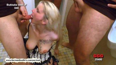 Blondie babe Mia loves to get
