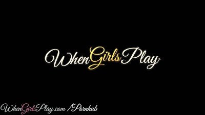 When Girls Play - Two perfect blondes have some fun