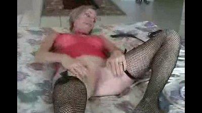 Amateur Pornstar Melanie Skyy
