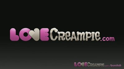Love Creampie Young girl gets