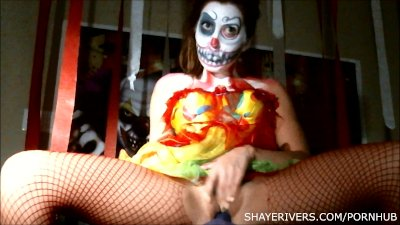 Shaye rivers halloween clown masturbation 7