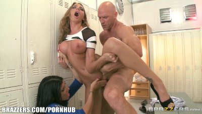 Bigtit cop courtney cummz is fucked 2