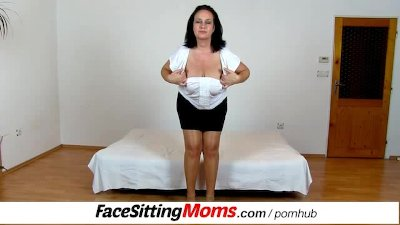 Bbw big tits mom Danielle facesitting tiny boy