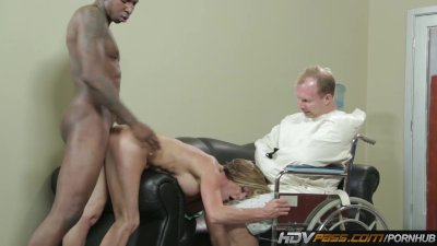 Horny MILF Takes a BBC in Fron