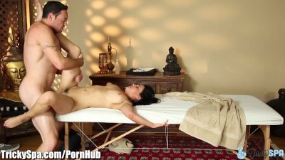Charley Chase Tricks friends C
