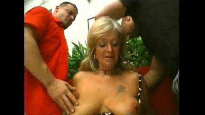 Old hairy slut double-fucked