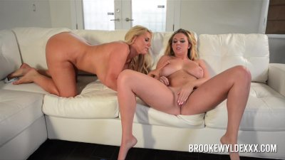 Two Hot Big Boob Blondes In Lesbian Action