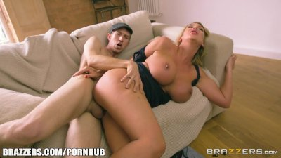 Blowjob Milf Doggystyle video: Brazzers - Big boobed milf Leigh Darby gets pounded