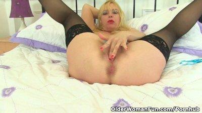British finest milf Lucy Gresty finger fucks her mature pussy