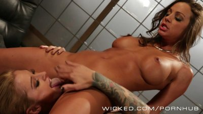 Wicked - Kleio Valentien gets her clit sucked