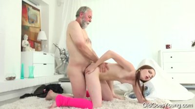 Old Goes Young - Tyna gets her pussy split by older man with big cock